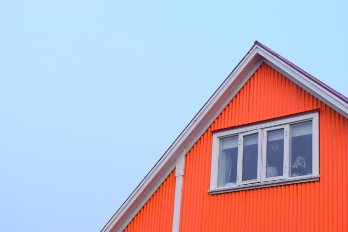 Corrugated iron used in housing, photo by Archtours
